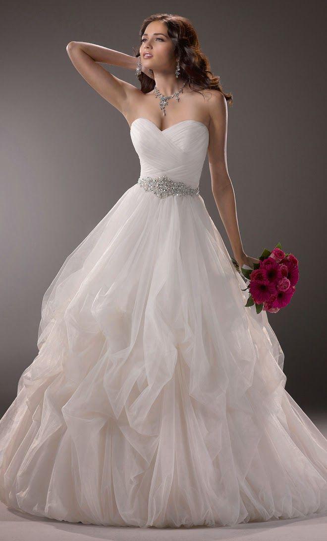 Estupendos vestidos de novia | Colección de vestidos de novia Maggie ...