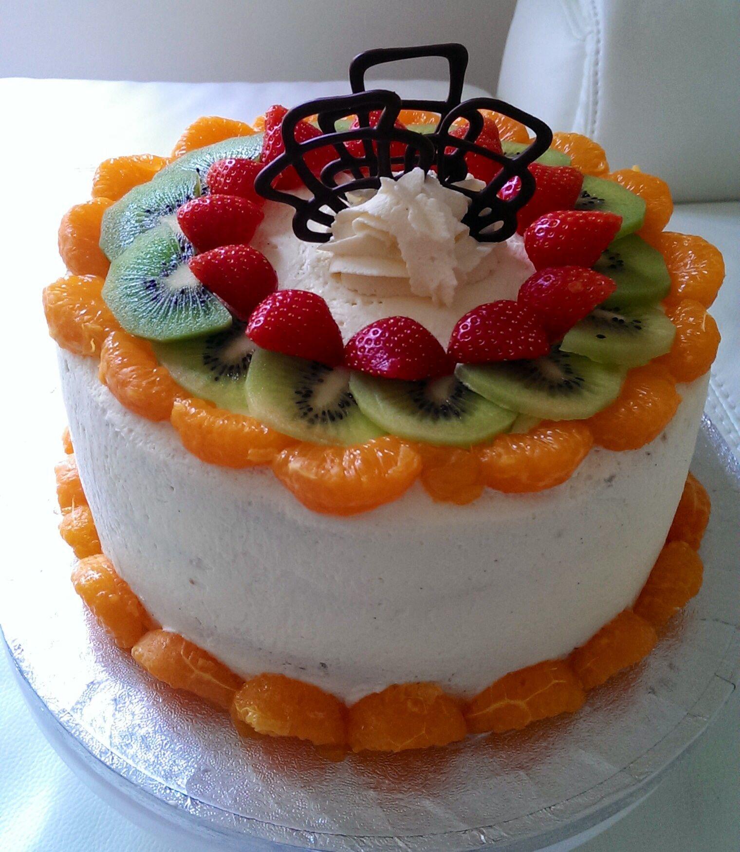Cream, Fresh Cream And Cream Cake