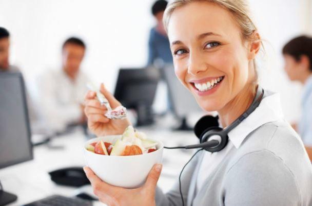No siempre es malo comer en el trabajo   http://caracteres.mx/siempre-es-malo-comer-en-el-trabajo/?Pinterest Caracteres+Mx