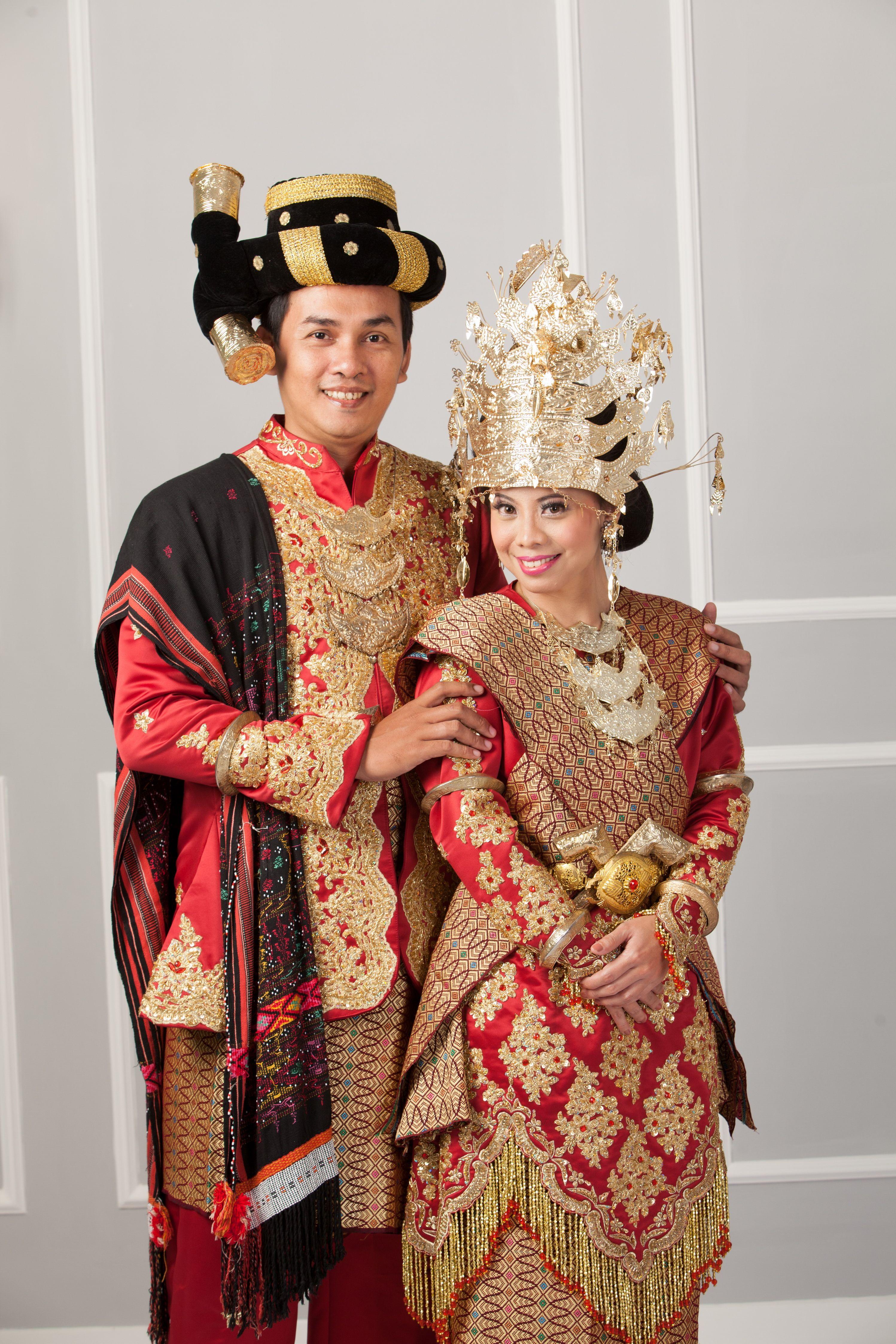 Foto Pakaian Adat Sumatera Utara