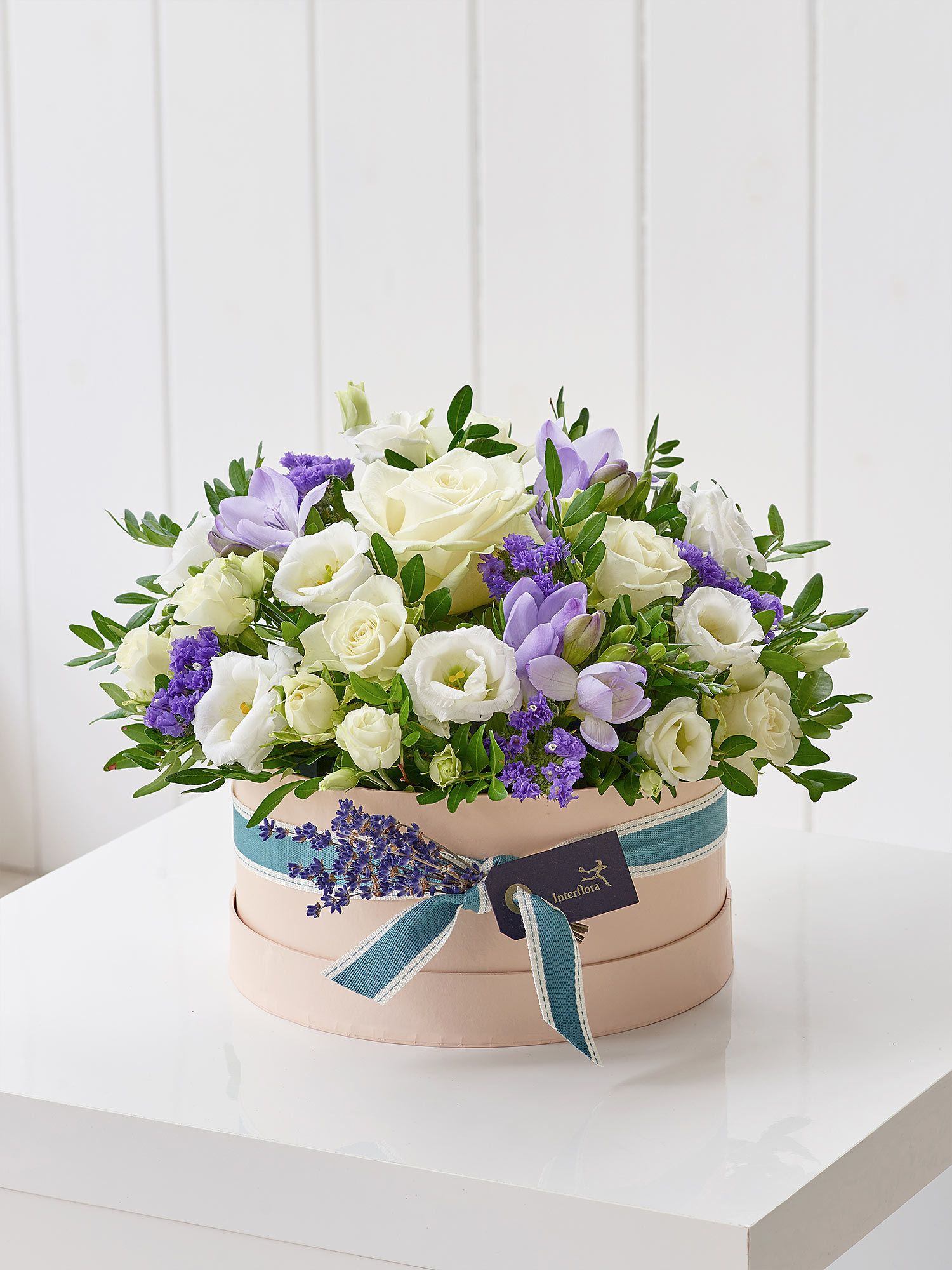 Refreshing Lilacs Hatbox Spring Flowers By Rodgers The Florist Manchester Birthday Flowers Birthday Flower Delivery Birthday Flowers Bouquet