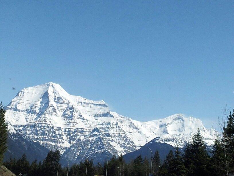 Mount Robson . BC Natural landmarks, Photography, Landmarks
