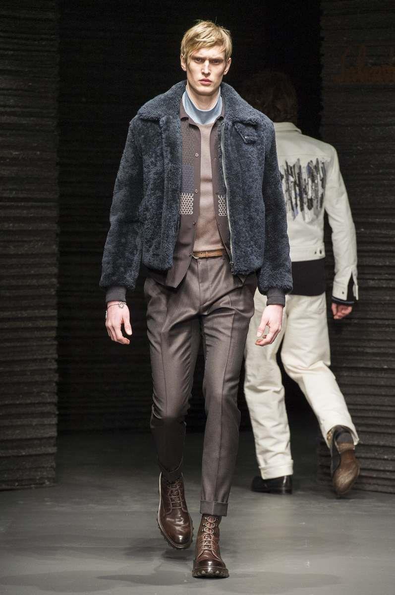 Male Fashion Trends: Salvatore Ferragamo Fall-Winter 2017 - Milan Fashion Week