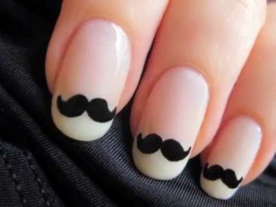 Moustache nail art!