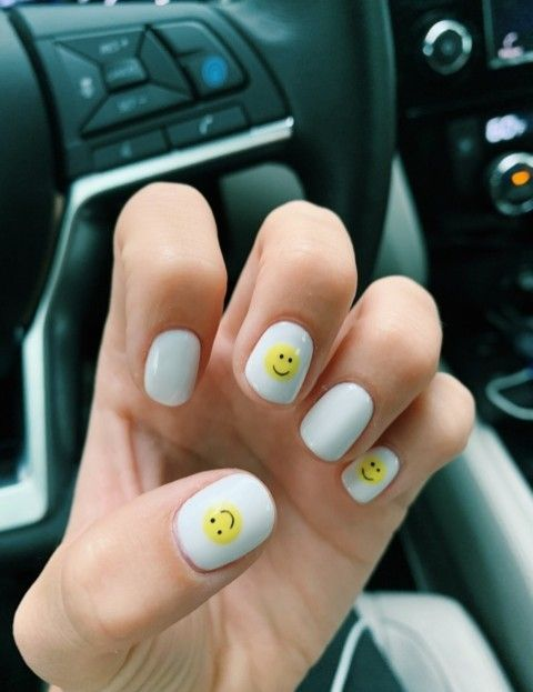 Pinterest Toomuchanissa In 2020 Really Cute Nails Short Acrylic Nails Funky Nails