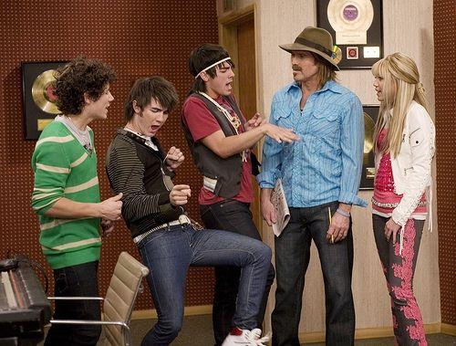 14. Favorite Hannah Montana episode: TIE \
