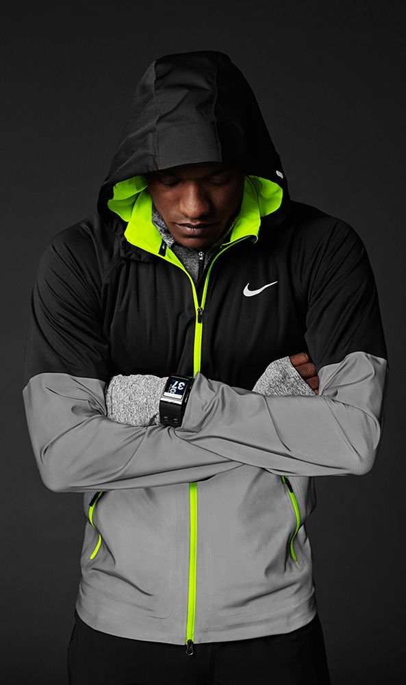 Nike Flash Pack Hi Vis Jackets and Trainers. Nike.com (UK)   Stuff ... 884e20bd527d