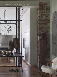 """I saw this in """"Feat-A Life In Art"""" in Vogue Living Sep / Oct 2014. Glasparti som adskildelse mellem gang og køkken"""