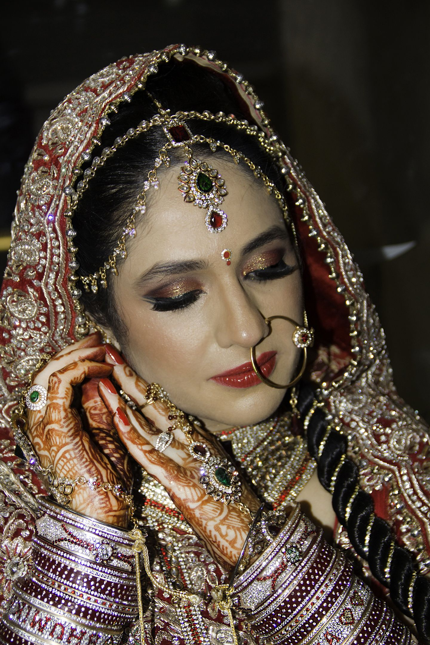 Professional Makeup Artists In Kenya: Bridal Makeup By MJ In Lucknow. Professional Makeup Artist