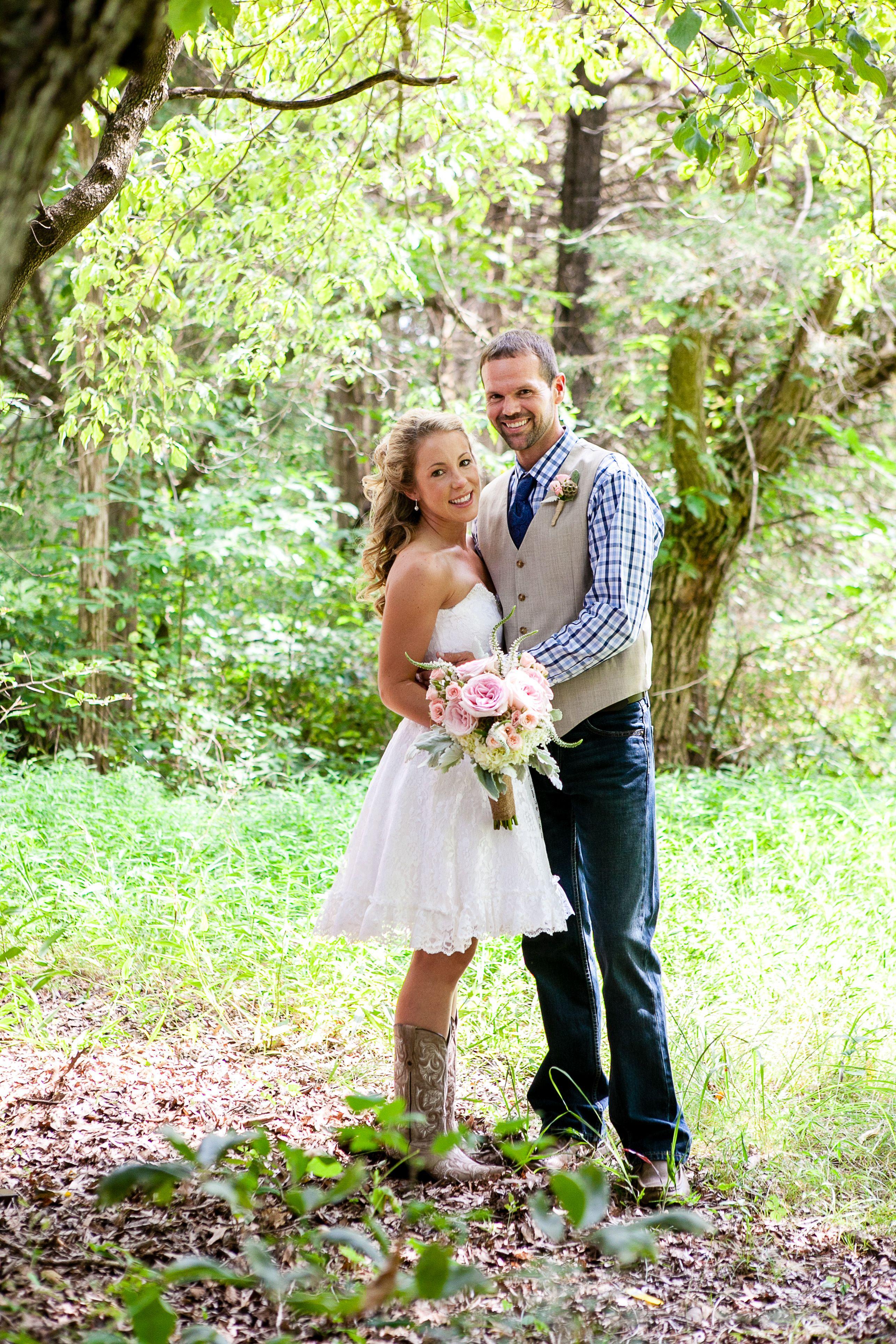 Emily & Josh; Southern Wedding; Tennessee wedding; short wedding ...
