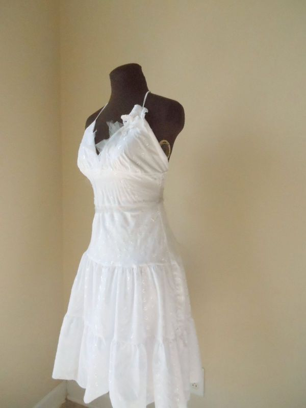 Simple Cotton Halter Beach Wedding Dress In A Tiered White Eyelet Short Shape With Wispy Silver