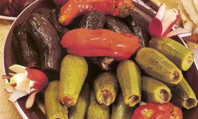 طريقة عمل المحاشي العراقية Recipe Food And Drink Food Vegetables