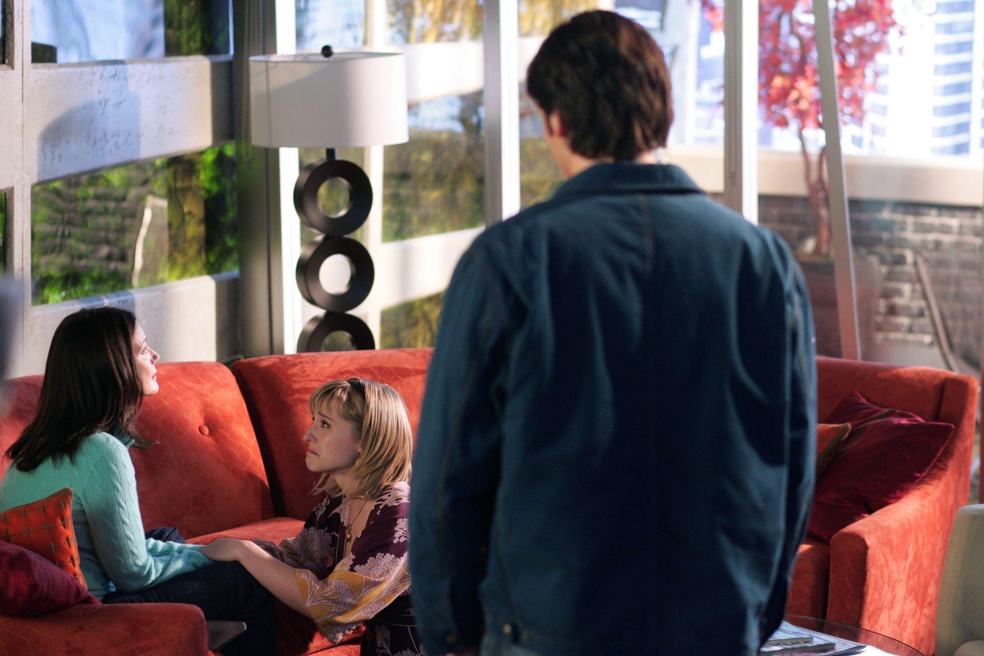 Smallville TV Series | Smallville (TV Series) Episode: Progeny - DC Comics Database