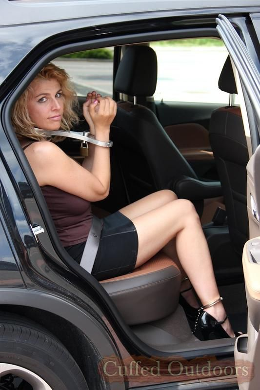 bond milf women Welcome on nude milf women mature tube dont forget bookmark nudemilfwomencom only fresh mature porn tube videos, with real amateur women too many advertising today.