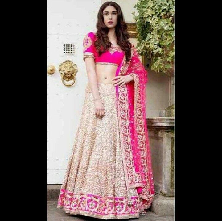 Indische kleider anziehen