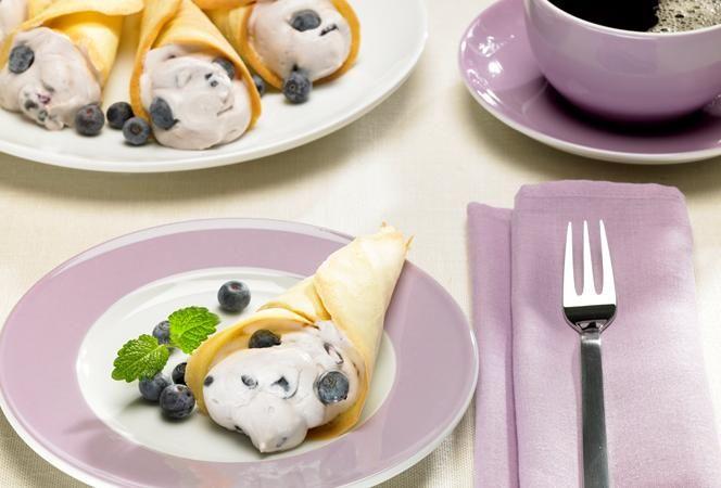Gebäcktüten mit Heidelbeercreme | Kochrezept