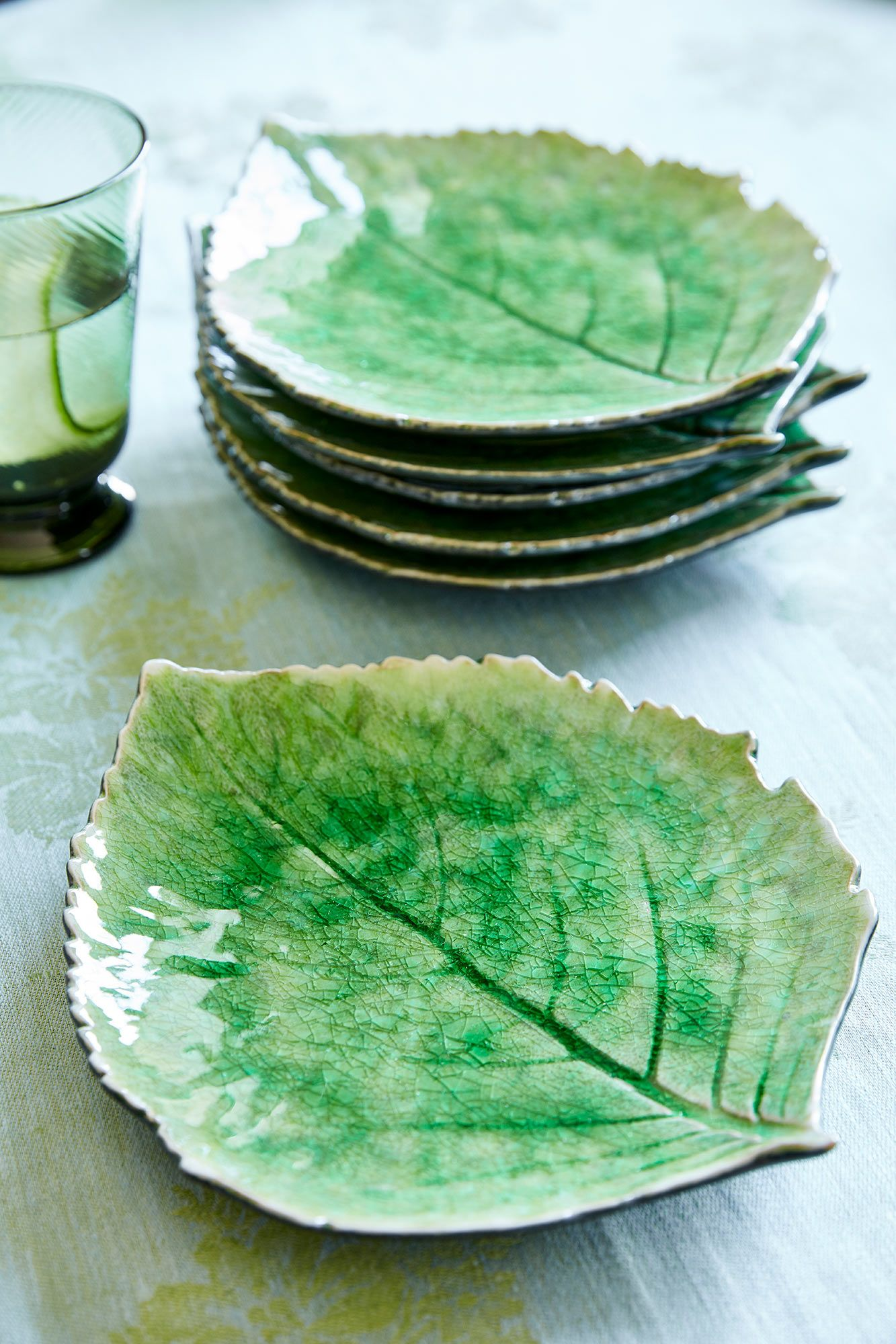 Bright Art Pottery Organic Etched Leaf Design Exquisite Glaze Three Footed Dish.