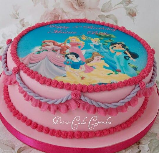 Disney princess cake by wwwfacebookcomPataCakeCupcakesPreston
