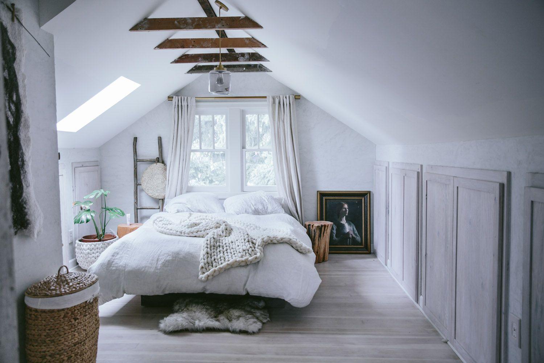 amenager une chambre mansardee presente de nombreux defis vous me dites suivez nos conseils pour une chambre sous les toits confortable et cozy