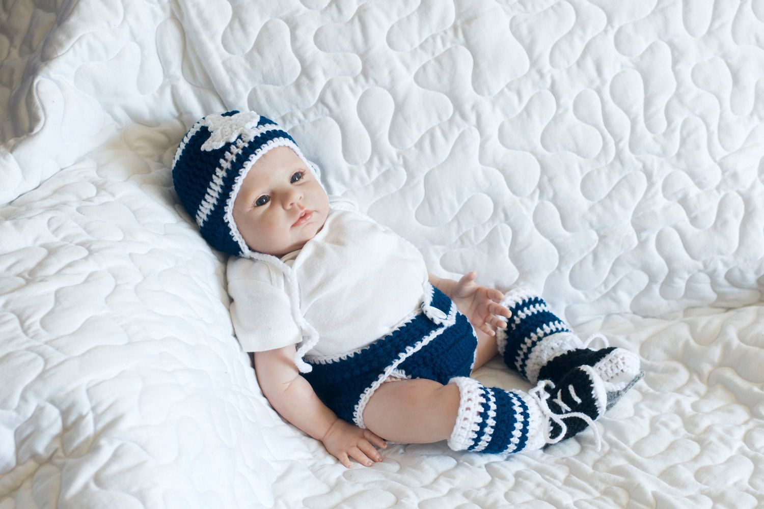 BABY HOCKEY Outfit Maple Leaf Hockey, Crochet Hockey Baby, Blue ...