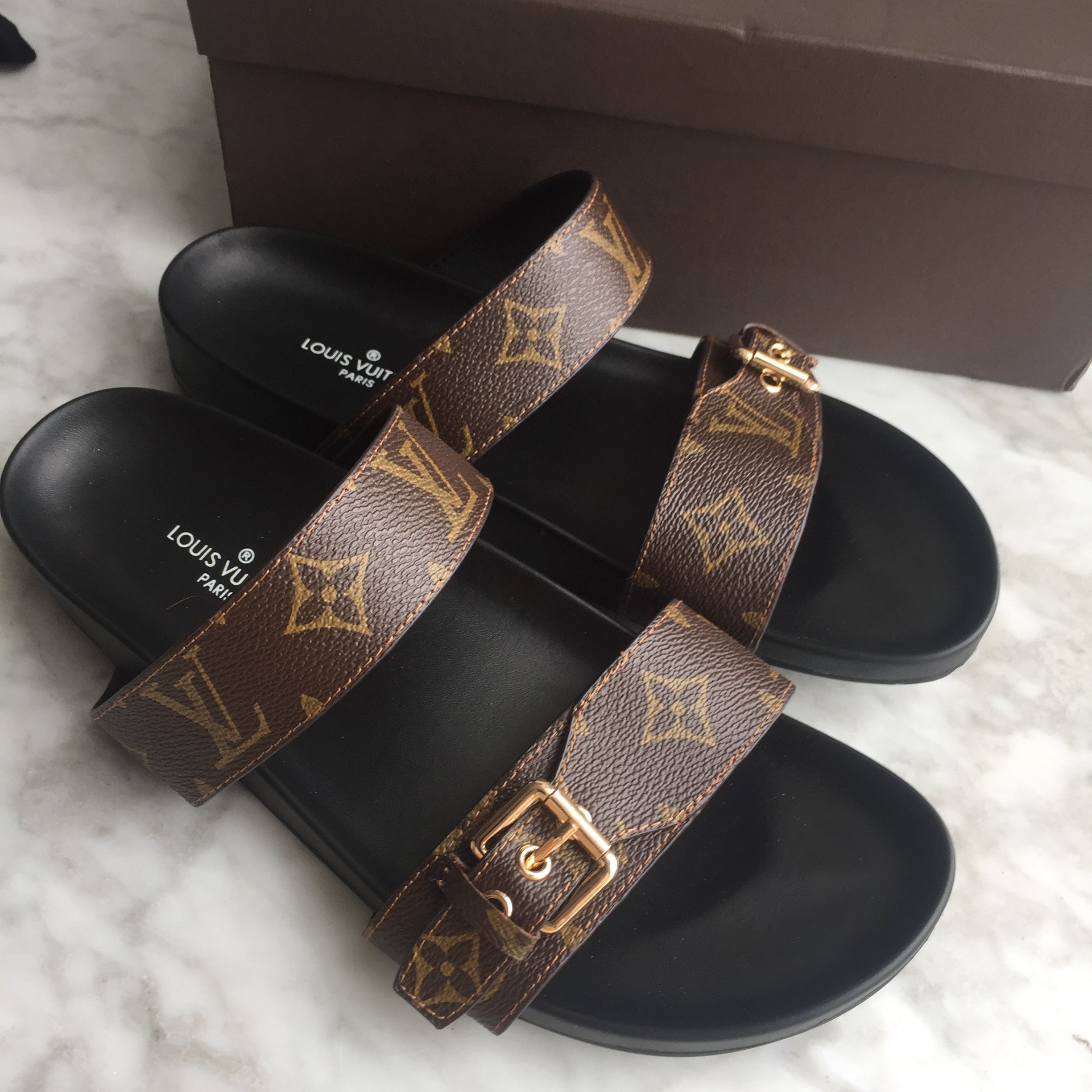 cf4c96ac78fa Louis Vuitton lv woman slippers monogram slides flats