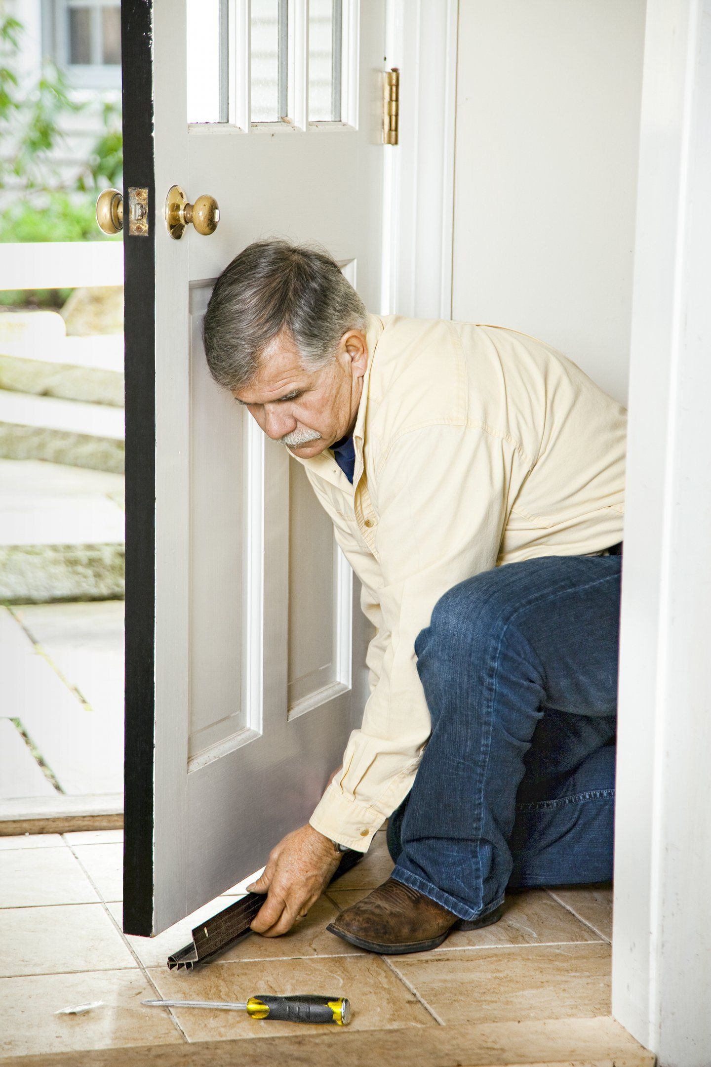 Block unwanted doorway breeze by simply screwing a flange to the bottom face of the door  sc 1 st  Pinterest & Winter Weatherproofing Tips | Breeze Toms and Shapes
