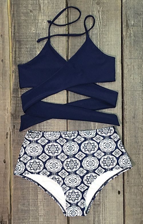 With its dark sea blue hue and floaty fabric, nothing says summer quite like this Cross Bikini Set! Your look comes into bloom just in time for summer, try and make a difference for beach party.