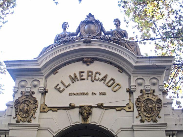 El Mercad  Photo: Calvin Wood
