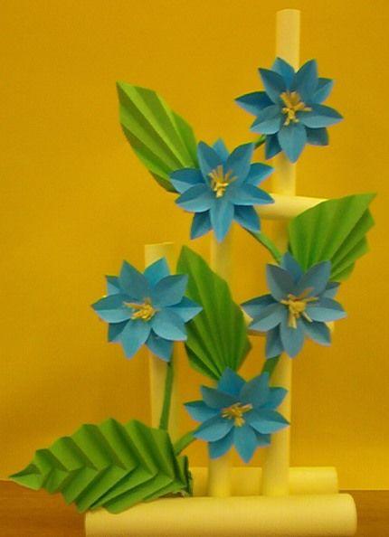 Kwiaty Z Papieru Ikebana Prace Plastyczne Dariusz Zolynski Flowers Paper Paper F Construction Paper Flowers Paper Flower Arrangements Paper Flowers Diy