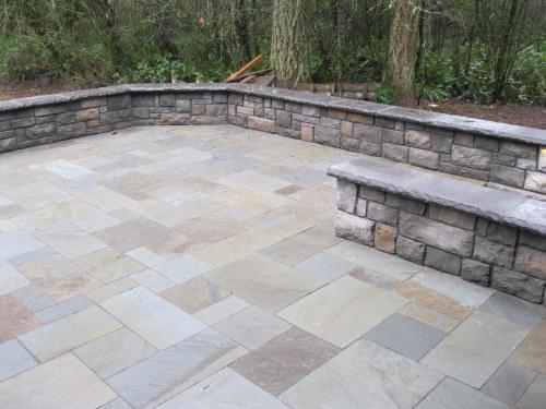 Retaining wall   Patio stones, Bluestone patio, Patio on Patio Stone Wall Ideas id=79630