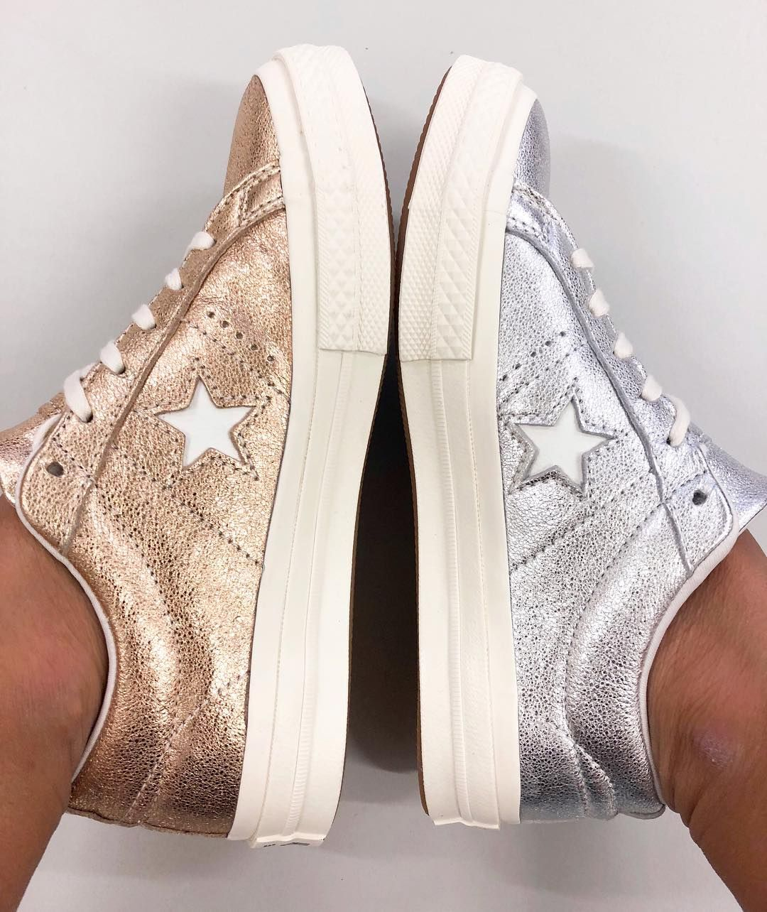 Converse One Star Metallic Leather Low