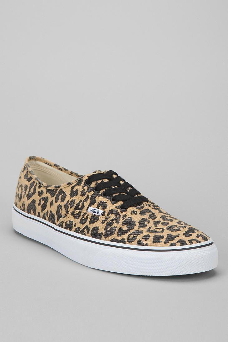 4a0b76de18 Vans Van Doren Leopard Authentic Sneaker