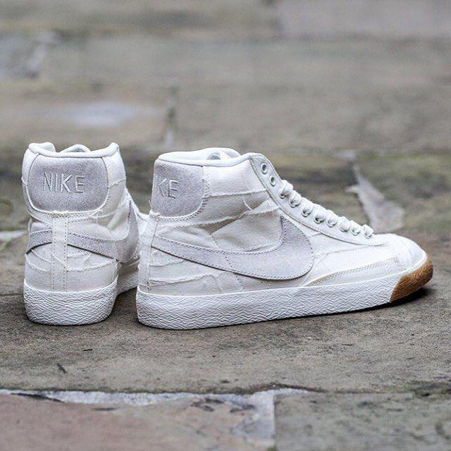 buy online 96af9 fed4d Nike Blazer Mid PRM Vintage  Mummified