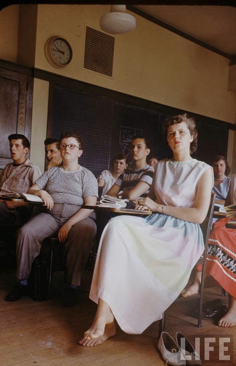 vintage everyday  color photographs of students at new trier high school in 1950