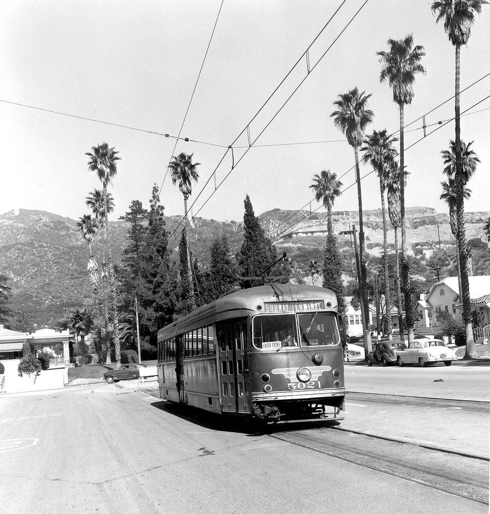 Verdugo Views Red Car On Brand Blvd In 1949 With Images Red