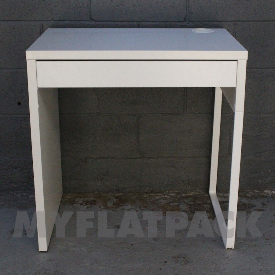 Beautifull single study table best home office desk