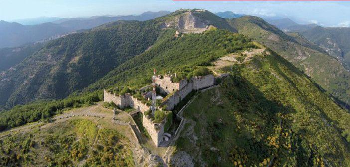 Genova dei Forti, fotolibro di Baccani e Ravera