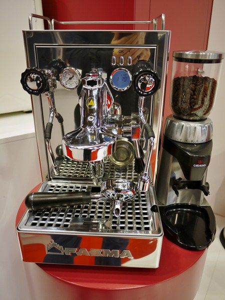 Carisma By Faema Http Www Espressooutlet Net Carisma By Faema Espresso Machine Coffee Faema Espresso Machine Espresso Machine