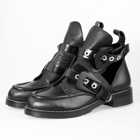 best authorized site buying new Cut out black ankle boots Balenciaga ceinture inspired boots ...