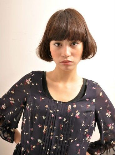 short japanese hairstyle with blunt bangs  hairstyles