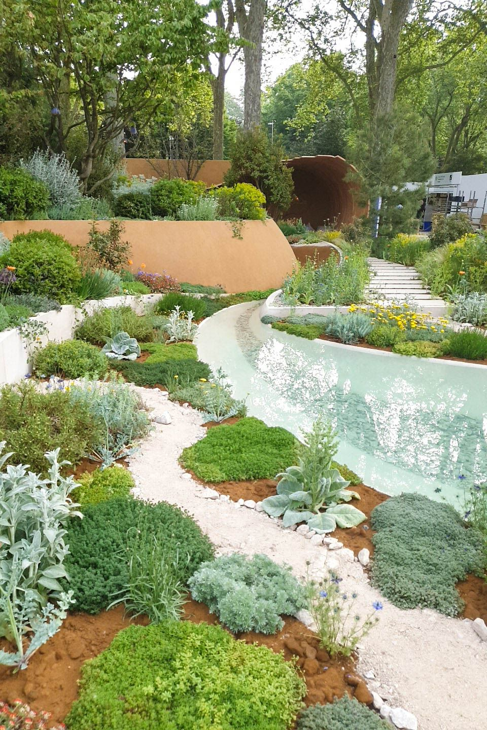 Small garden design inspiration from the RHS Chelsea ...