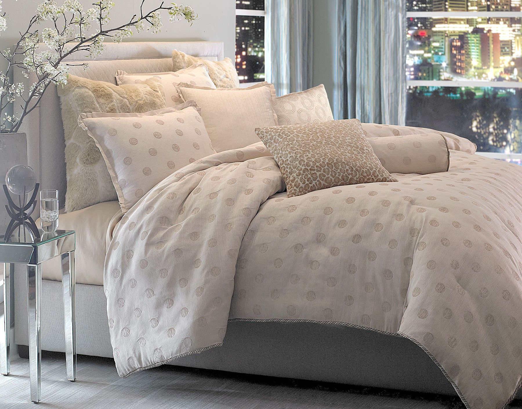 Riviera forter Set available in king and queen bedding aico