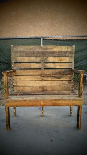 I #handmade this #pallet #wood #bench. #ForSale  #reclaimed #recycled #diy #handcrafted #rustic #palletwood #upcycled #homedecor #doityouself #palletwoodbench