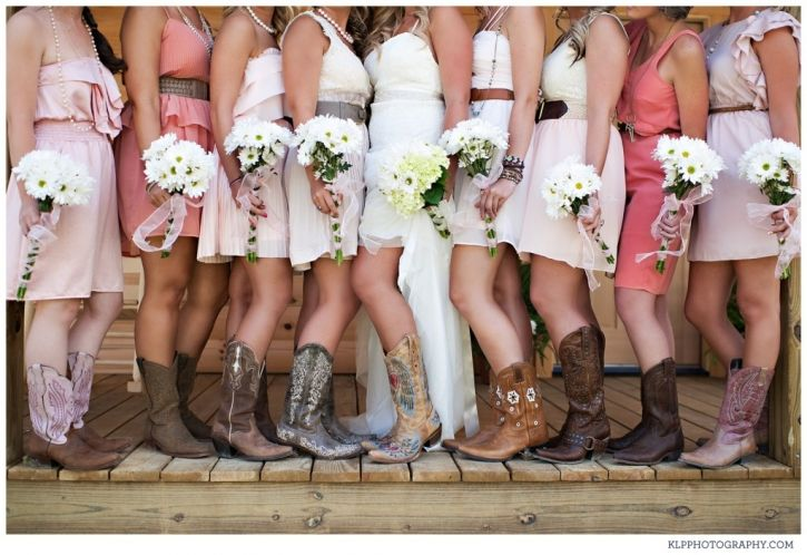 wedding pictures cowboy cowgirl boots bridesmaids dresses daisy