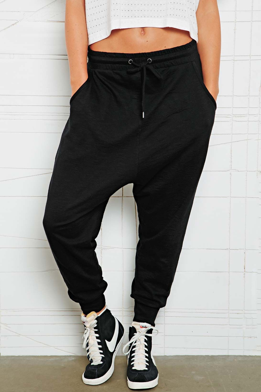 pants nike nike blazer shoes high top sneakers black sweatpants harem pants  black t-shirt joggers harem sweatpants black harem pants sweatpants grey  harem ...
