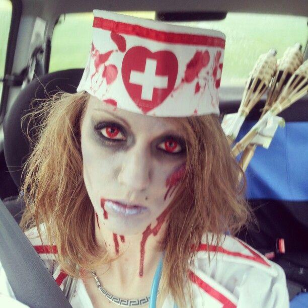 maquillage halloween infirmiere zombie