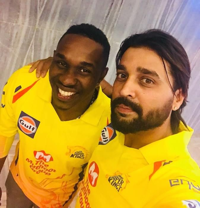 Mumbai Indians Vs Chennai Super Kings Songs 2018: Dwayne Bravo & Murali Vijay Joins The CSK Camp For IPL
