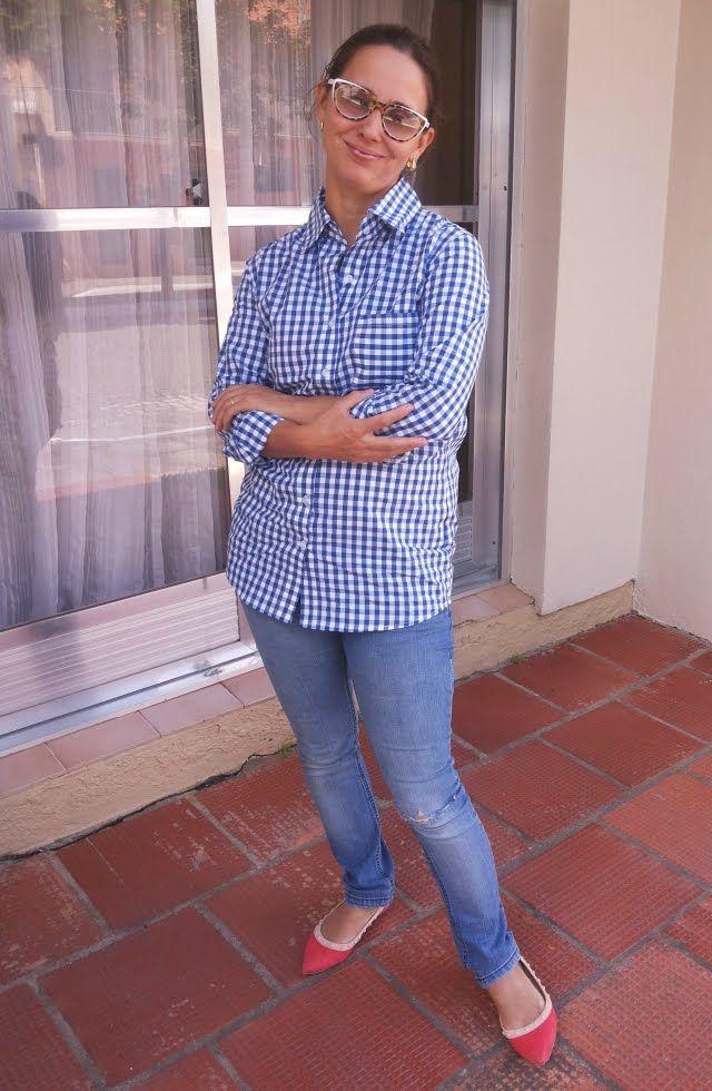 FEMINA - Modéstia e elegância: Camisa xadrez azul