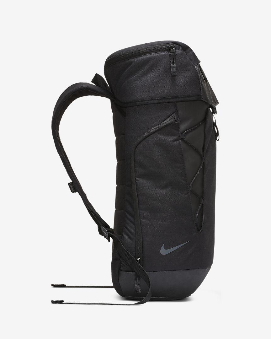 Estallar Rico Enjuiciar  Kyrie Backpack. Nike.com | Backpacks, Kyrie, Bags