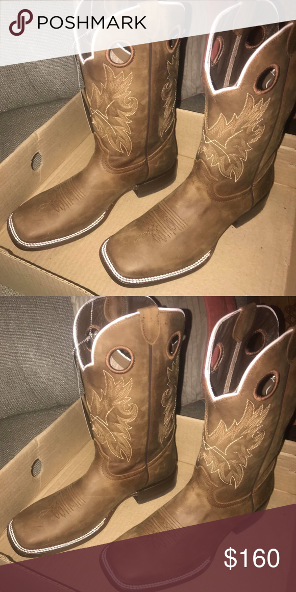 84317680b47 10.5 Reywelt Cowboy boots Beautiful boots NWT double stitched ...